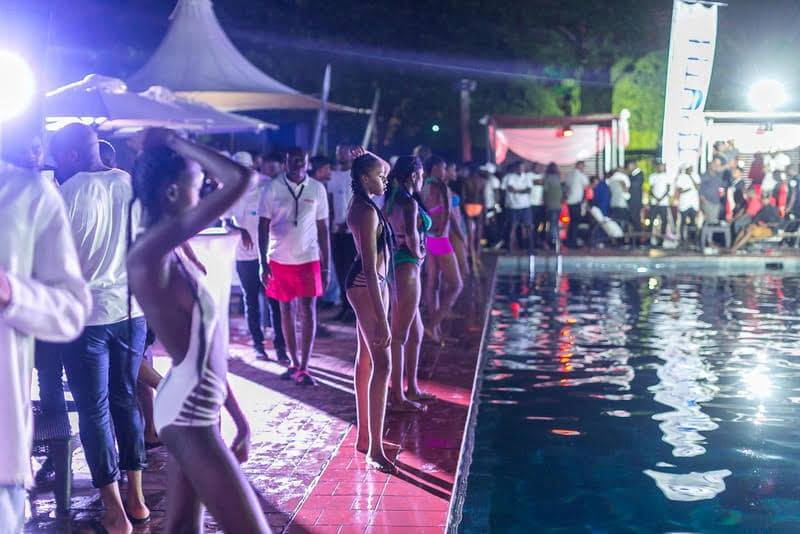 « Pool Party by night », le 14 septembre
